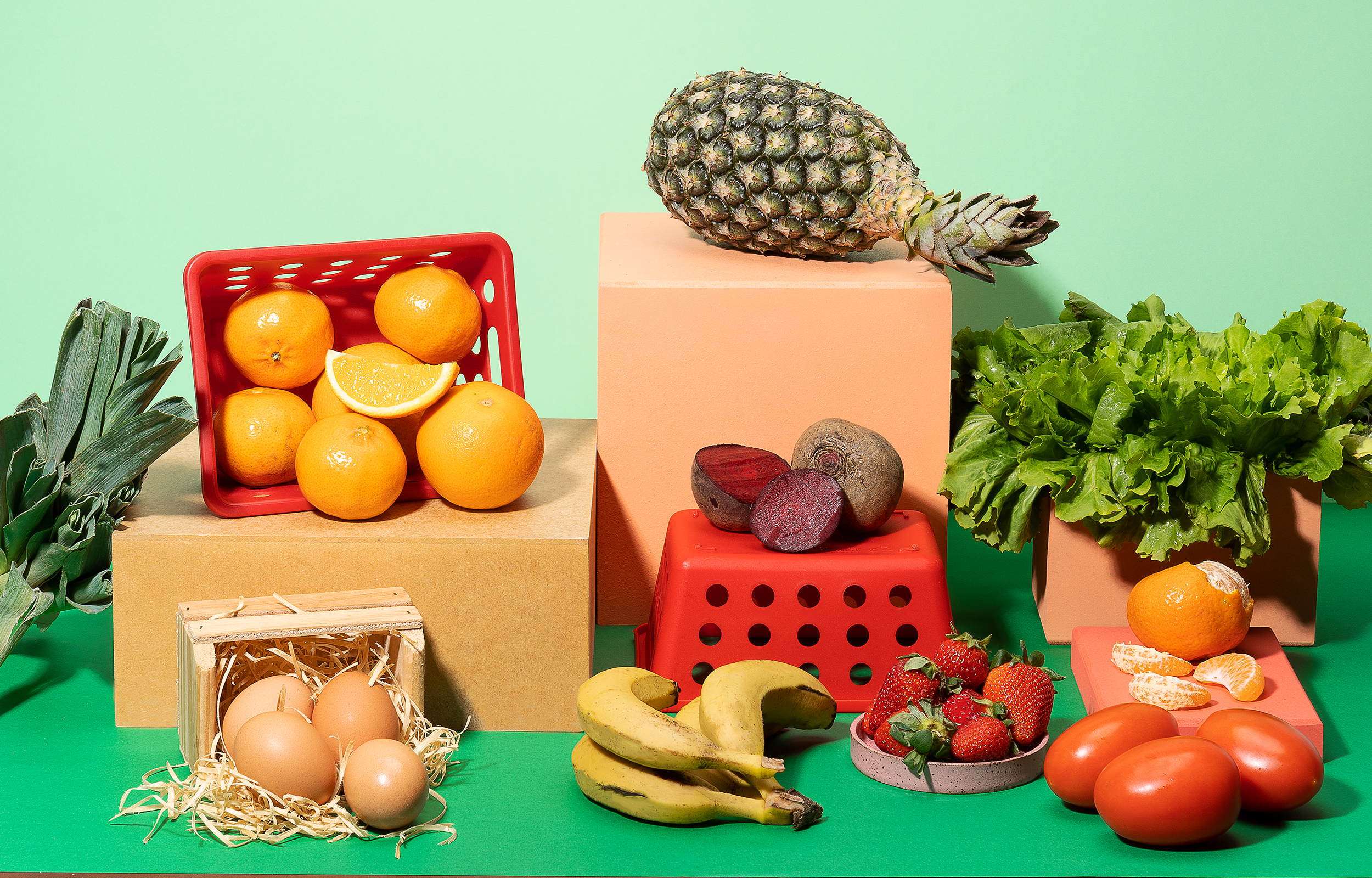 alimentos para uma alimentação saudável dispostos em uma mesa