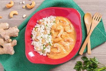 Camarão ao leite de coco e curry + Arroz de jasmim com castanha da caju e cebolinha