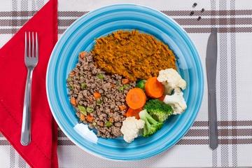 Carne moída com cenoura e vagem + Purê de abóbora + Mix de legumes no vapor