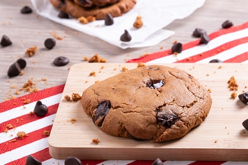 Cookie com gotas de chocolate 70% cacau