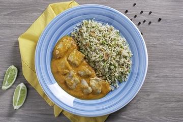 Moqueca de peixe + Arroz integral com amêndoas e brócolis