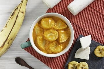 Moqueca de pupunha e banana