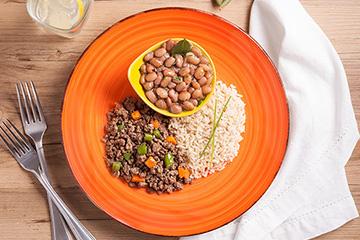Carne moída com cenoura e vagem + Arroz integral + Feijão carioca