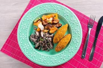 Quibe  de abóbora + Mix de cogumelos + Ratatouille
